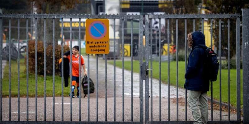 Kabinet kondigt terugkeer naar gedeeltelijke lockdown aan