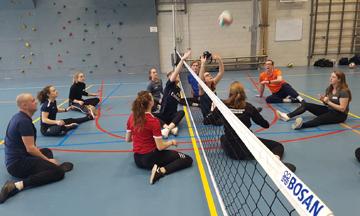 Studenten maken kennis met paralympische sport op Paralympic Experience Day