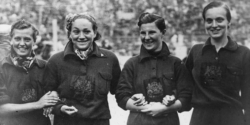 Estafettezwemsters Berlijn 1936