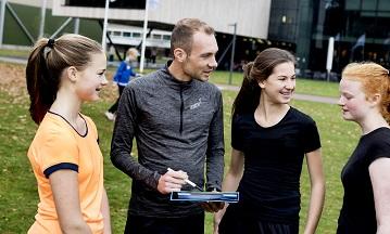 Trainers, inspireer jongeren tot een leven lang sporten